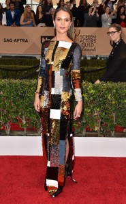 rs_634x1024-160130165050-634-sag-awards-2016-alicia-viklander
